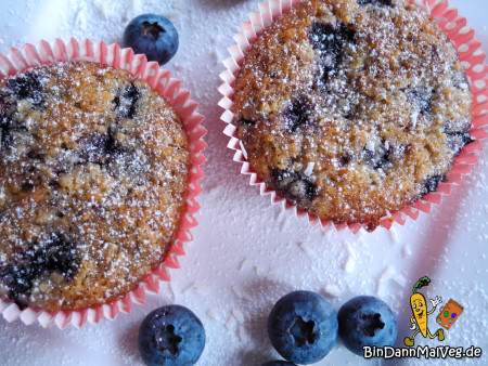 Vegan Blueberry-Cocos-Muffins